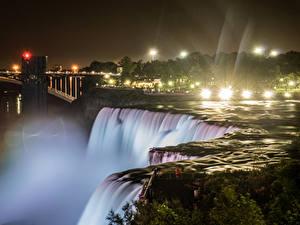 Фотографии Штаты Водопады Речка Нью-Йорк Ночные Лучи света Niagara Falls