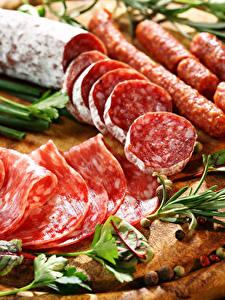 Фото Мясные продукты Колбаса Нарезанные продукты Еда