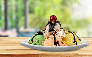 Фотографии Сладости Мороженое Шоколад Черешня Шар Тарелка Пища