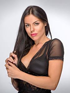 Фотография Брюнеток Косметика на лице Волосы Взгляд Вырез на платье молодые женщины