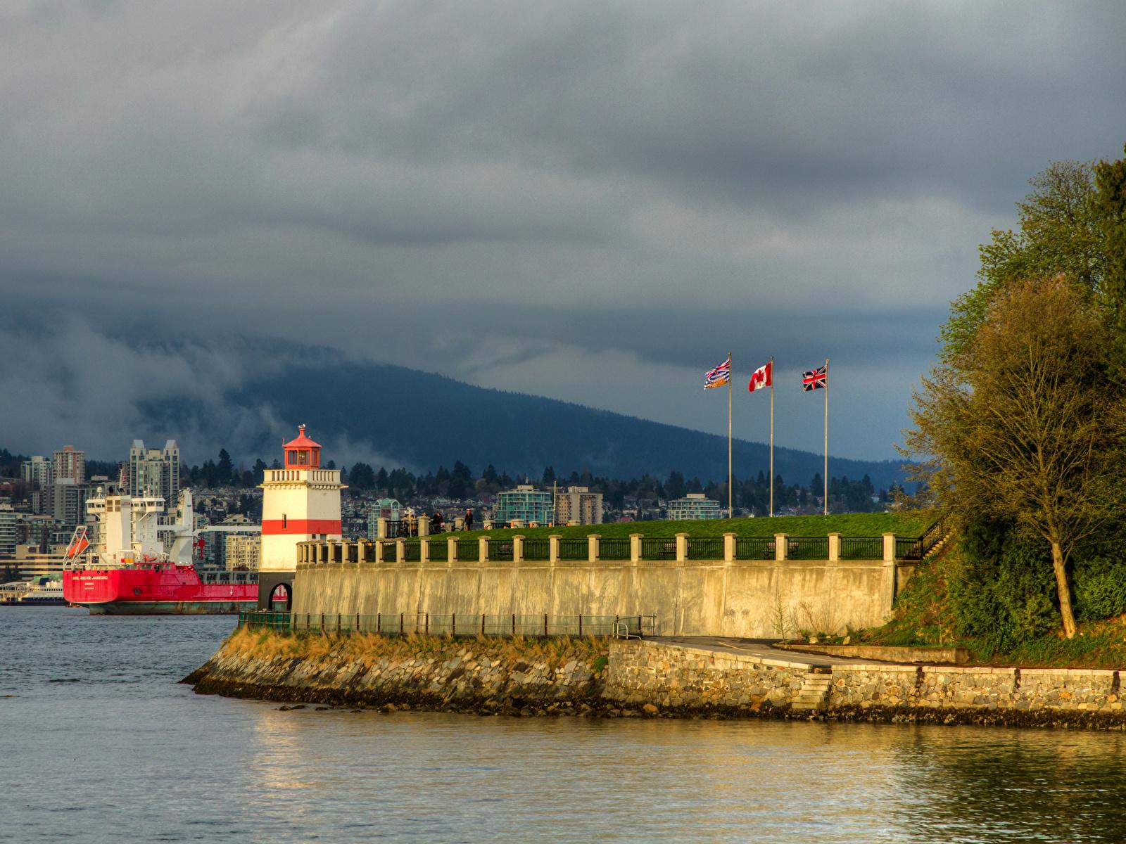 Фотография Ванкувер Канада Stanley Park Маяки Залив Пирсы Города Здания 1600x1200 Причалы Пристань Дома