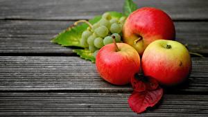 Картинки Виноград Яблоки Листья Доски Еда