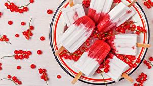 Фотографии Сладости Мороженое Смородина Тарелке Продукты питания