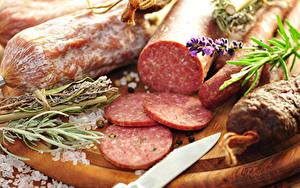Фото Мясные продукты Колбаса Продукты питания