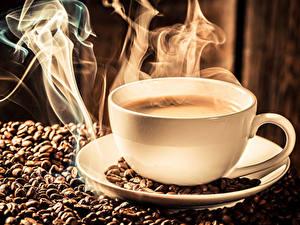 Фото Кофе Чашка Зерна Паром Продукты питания