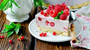 Обои для рабочего стола Сладости Пирожное Малина Смородина Десерт Тарелка Пища
