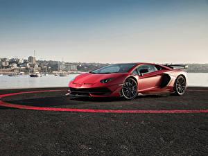 Фотография Lamborghini Красных Aventador
