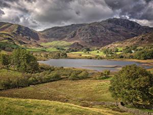 Фотография Англия Пейзаж Гора Озеро Осень Little Langdale Tarn Природа