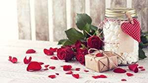 Картинка Розы Лепестки Банка Зефирки Цветы