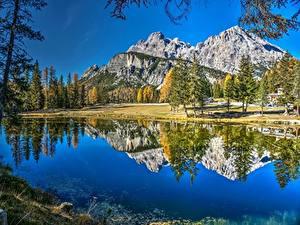 Обои Горы Озеро Италия Альп Отражении Dolomites Lake Antorno Природа