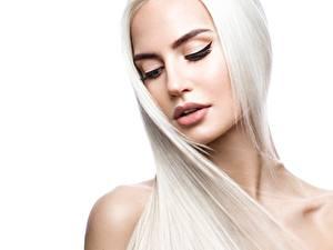 Фотографии Блондинка Волос Лица Белый фон Красивые Девушки