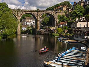 Фотографии Англия Здания Речка Мосты Причалы Лодки Harrogate Borough Города