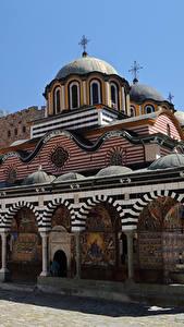 Картинки Болгария Храмы Монастырь Дизайна Rila monastery город