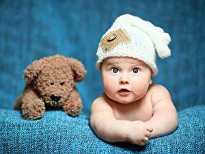 Обои Плюшевый мишка Младенца Взгляд Шляпа