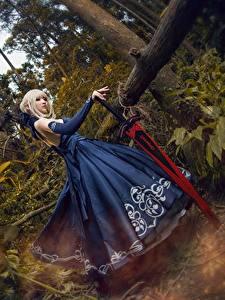 Фото Азиаты Платье Косплей Мечи Блондинка Девушки