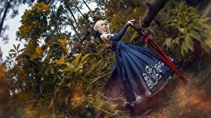 Фото Азиаты Платье Косплей Мечи Блондинка