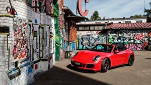 Фотографии Порше Красный Металлик Кабриолета 2017 911 Carrera 4 GTS Cabriolet Worldwide Авто