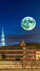 Фотография Германия Здания Ночные Луна Ограда Zwickau