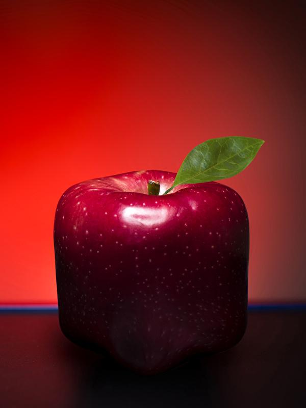 Обои для рабочего стола красная Яблоки оригинальные Пища Крупным планом 600x800 красных красные Красный Креатив Еда Продукты питания вблизи