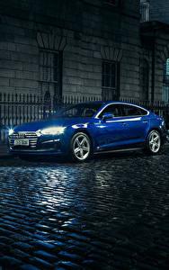 Фото Audi Синий Металлик Улица Ночные 2017 Audi A5 Sportback 2.0 TDI quattro S line Машины