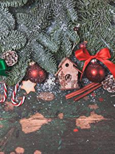 Картинка Новый год Корица Ветки Шар Бантики
