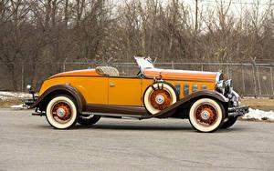 Обои для рабочего стола Ретро Кабриолета Желтые Металлик Сбоку Родстер 1931 Hudson Greater Eight Sport Roadster Автомобили