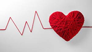 Фото День святого Валентина Креатив Серый фон Сердечко Красный