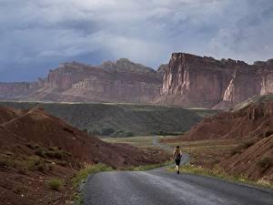 Картинки Дороги Горы Штаты Парки Бежит Утес Каньона Grand Canyon, Arizona, Colorado plateau Природа