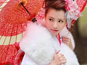 Фотография Азиаты Зонтом Взгляд Красивая Девушки