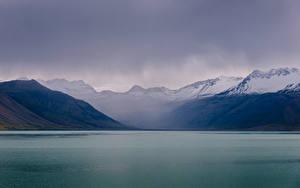 Обои Исландия Гора Озеро Природа