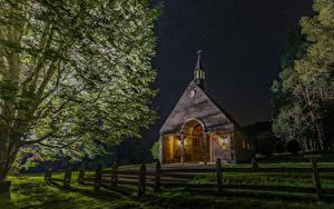 Фото Чили Храмы Церковь Ночные Ограда Деревья Futrono Города