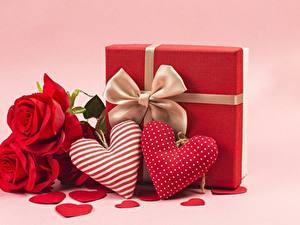 Фото Розы День всех влюблённых Сердечко Цветы
