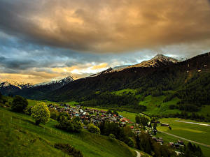 Обои Швейцария Пейзаж Гора Дома Поля Леса Облако Munster Goms Природа