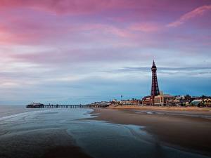 Картинка Пристань Англия Башни Пляже Blackpool, Lancashire