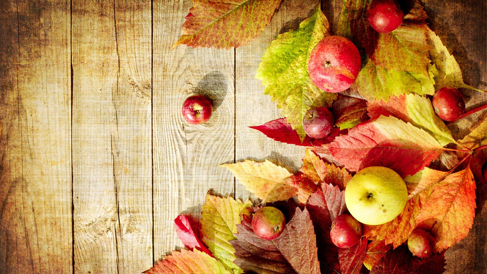 Картинки Листья Осень Яблоки Продукты питания Доски 1920x1080 лист Листва осенние Еда Пища
