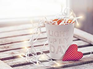 Картинки День всех влюблённых Стакан Сердца Гирлянда