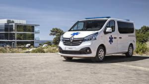 Картинка Рено Белая Металлик 2019 Trafic Ambulance Worldwide