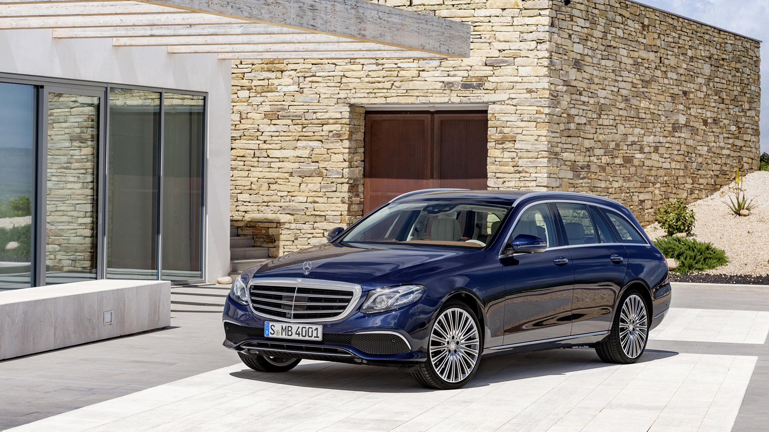 Картинка Mercedes-Benz 2016 E 200 d Exclusive Line Estate синяя Металлик Автомобили 2560x1440 Мерседес бенц синих синие Синий авто машина машины автомобиль