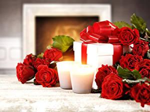 Фотография Праздники Роза Свечи Красные Подарок цветок