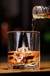 Картинка Виски Напитки Стакане Лед Продукты питания