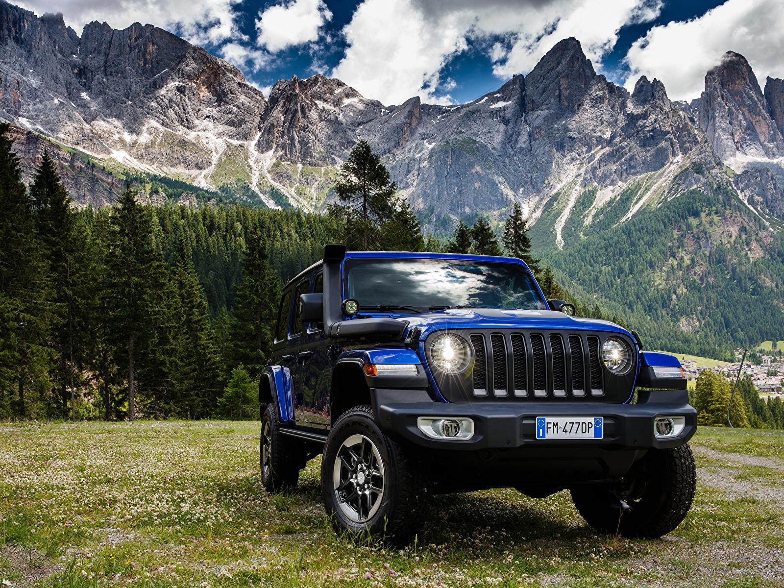 Обои для рабочего стола Jeep SUV 2019 Wrangler Unlimited Sahara 1941 by Mopar синих Автомобили 1600x1200 Джип Внедорожник синяя синие Синий авто машины машина автомобиль