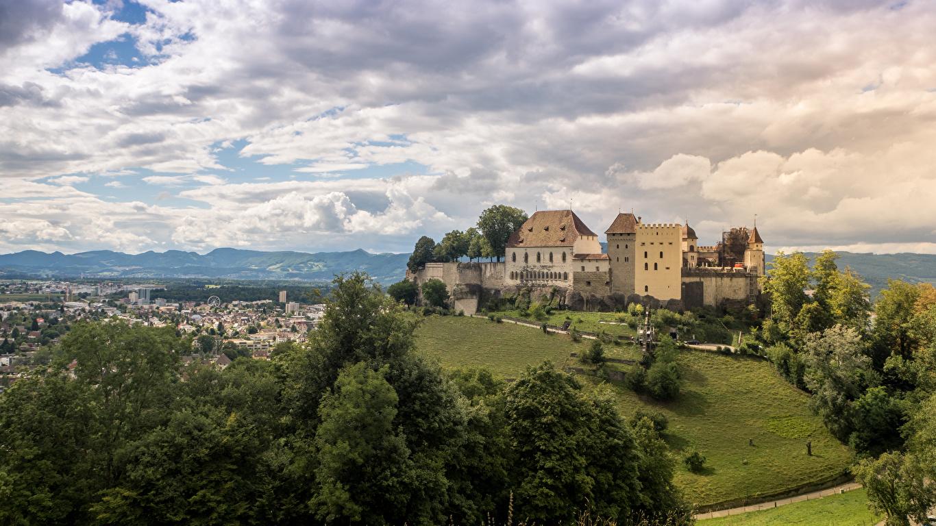 Фото Швейцария Lenzburg Castle Замки Небо Города Облака Ландшафтный дизайн 1366x768