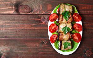 Фотография Овощи Помидоры Баклажан Доски Тарелка Еда