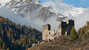 Фотографии Швейцария Горы Леса Замки Руины Снег Туман Chanov Castle, Graubünden