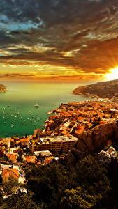 Картинка Монако Дома Побережье Рассветы и закаты Небо Пейзаж Облака French Riviera Города