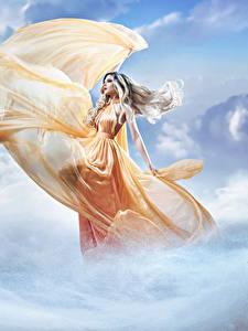 Обои Небо Облака Платье Блондинка