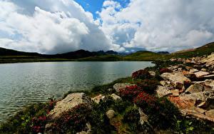 Обои Италия Побережье Озеро Камень Облака Lombarde Природа