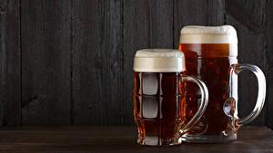 Фотографии Пиво Доски Двое Кружка Пеной Пища