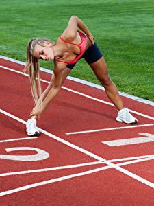 Картинки Гимнастика Тренировка Ноги Рука Красивые Девушки Спорт