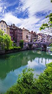 Обои Словения Дома Речка Любляна Водный канал